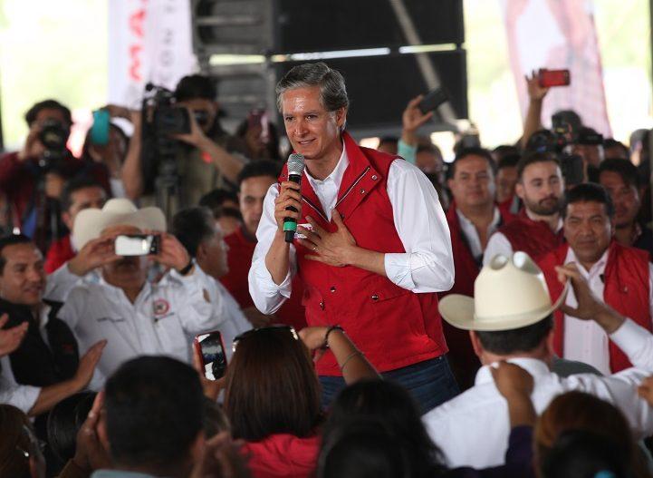 Al campo mexiquense, mayor inversión, tecnología, y capacitación: Del Mazo