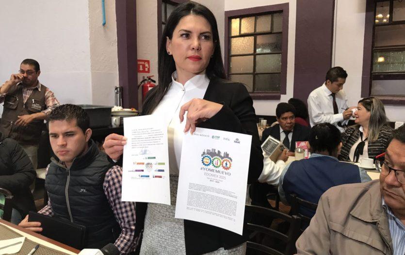 Teresa Castell firma agenda de Movilidad #YoMeMuevo 2025