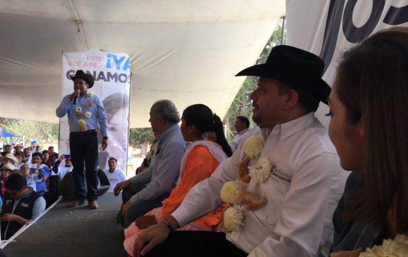 En Villa Victoria, dirigentes de Unimoss se adhieren a la campaña de Josefina Vázquez Mota