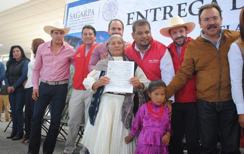 Tres niveles de gobierno le inyectan recursos al agro de Ixtlahuaca
