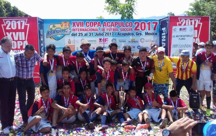 Selección de Joquicingo logra subcampeonato de fútbol en Acapulco