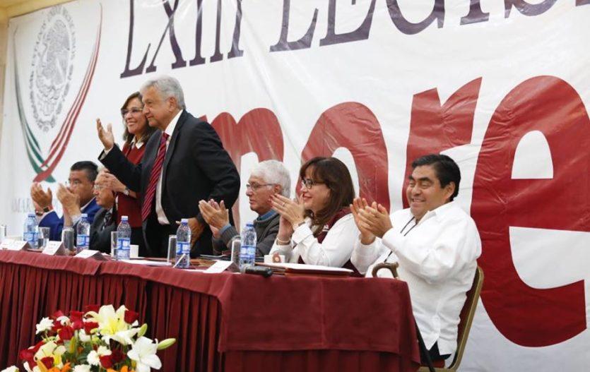 Obrador, pidió por no refrendar el TLC, por ahora
