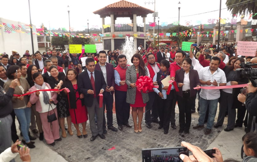 """Diana Pérez Barragan inauguró la nueva plaza pública de """"La Asunción Tepexoyuca"""""""