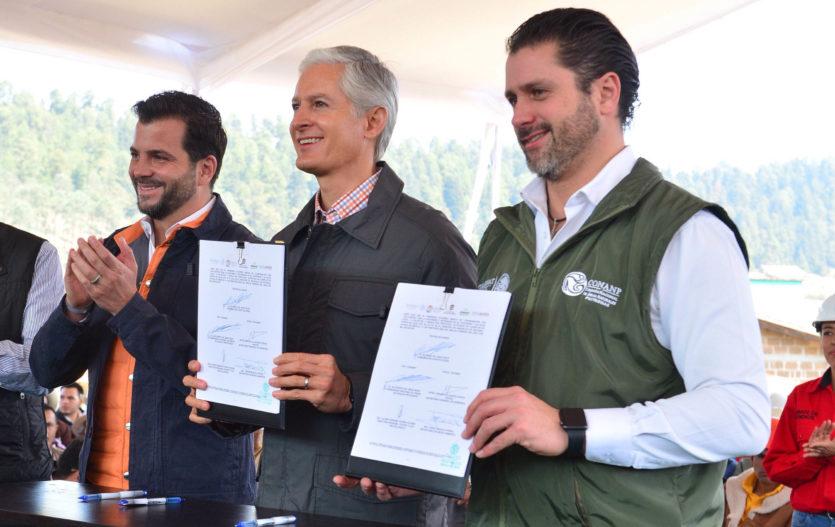 Signan convenios para mejorar cuidado de bosques y áreas naturales en Edomex