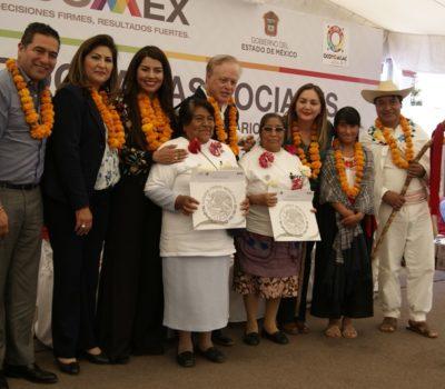 En Ocoyoacac entregan apoyos sociales en favor de pueblos originarios