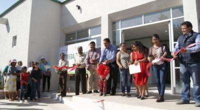 Inauguran Centro de Salud, red de drenaje y puente peatonal en comunidades de Tenancingo