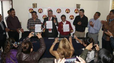 Firman acuerdo político para participar juntos PT, Morena y Pes, por Rayón